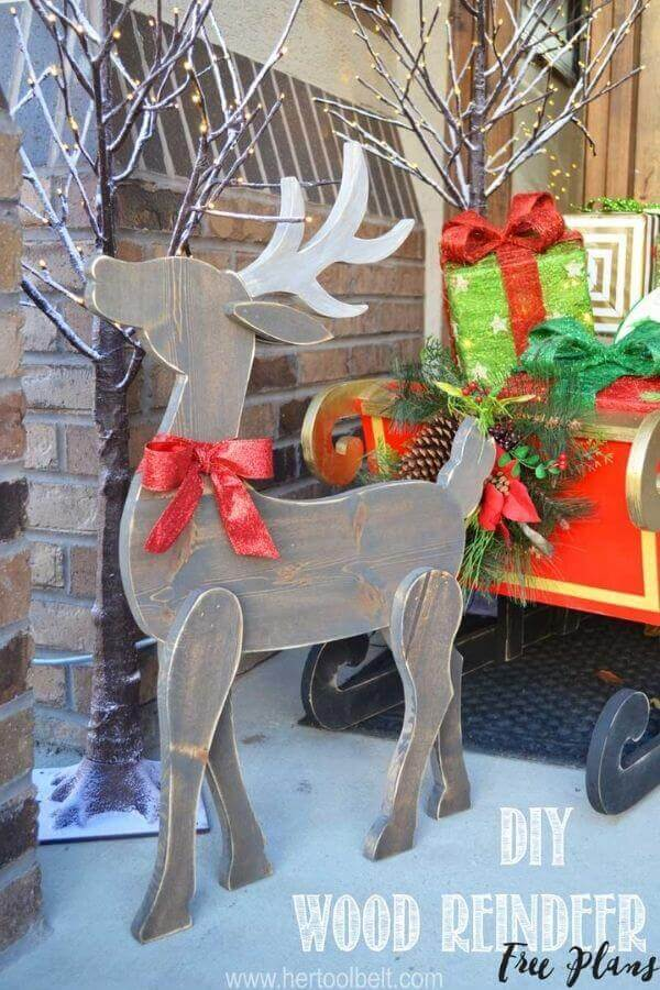 DIY Wooden Reindeer