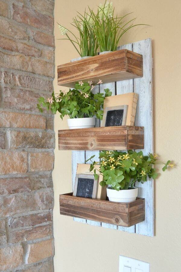 DIY Wooden Wall Planter